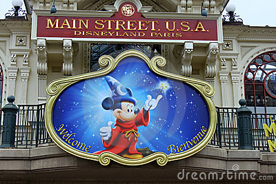 Mickey Mouse in Disneyland Park Editorial Image