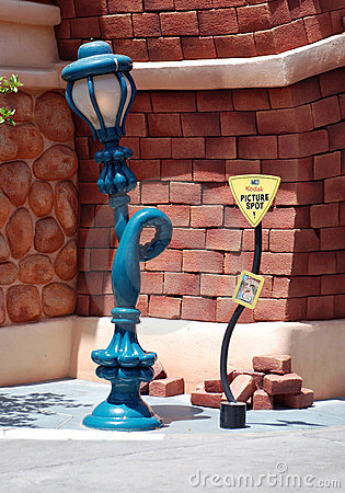 Free Mickey S Toontown In Disneyland Royalty Free Stock Images - 16518559