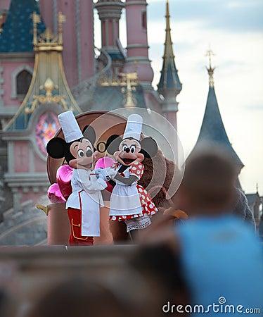 Mickey u. Minnie Maus Redaktionelles Bild