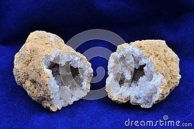 Microcrystalline aggregate of quartz