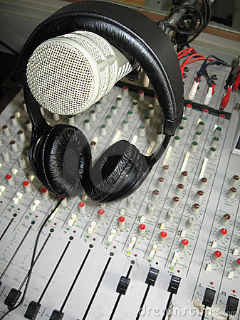 Free Microphone On Headphones Stock Image - 926981