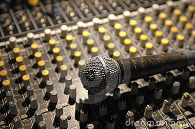 Microphone and soundboard