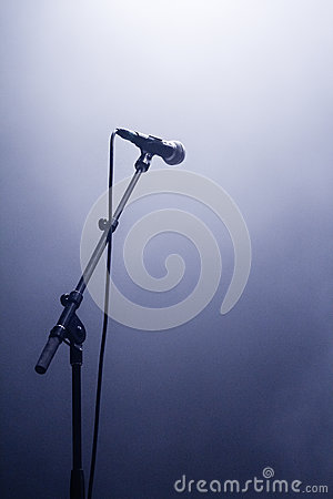 Microphone waiting for a voice