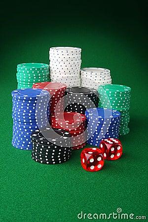 Microplaquetas e dados do casino