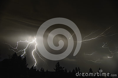 Mid Willamette Valley Thunderstorm