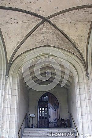 Middeleeuwse kasteelingang met een kanon stock foto afbeelding 59178166 - Decoreer een gang ingang ...