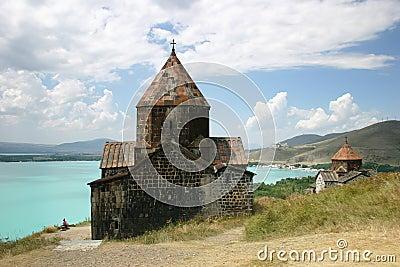 Middeleeuwse kerk op meer Sevan