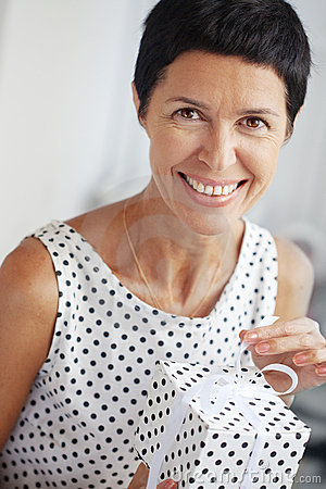 Free Middle Aged Woman With A Gift Stock Images - 16020934