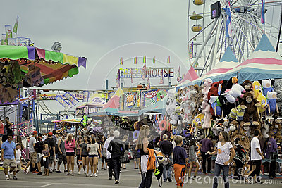 Credit Cards For Fair Credit >> Midway, County Fair, San Diego, California Editorial ...