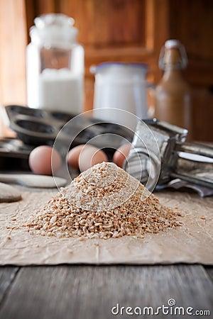 Migas de pan hecho en casa