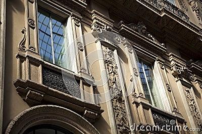 Milan gallery - windows