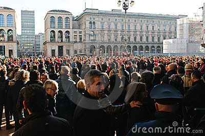 Milanese people watching Arsenal London fans Editorial Stock Image