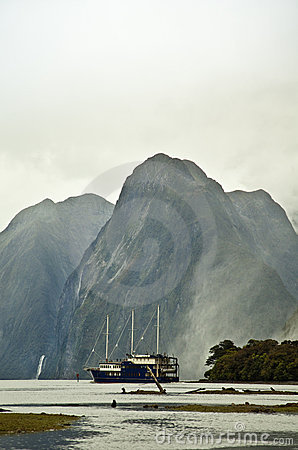 Milford Sounds New Zealand and sailing boat