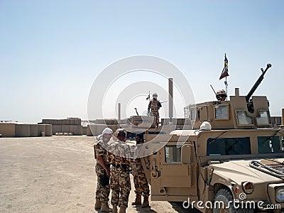 Militairen in Afghanistan Redactionele Foto