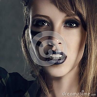 Free Military Fashion Woman Royalty Free Stock Photos - 31922338