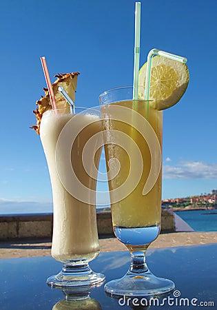 Milk-shake and lemon juice