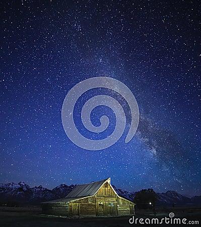 Free Milky Way, Grand Teton Stock Photo - 86060980