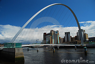 Millennium Bridge. Newcastle upon Tyne, UK