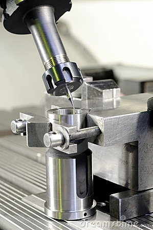 Free Milling The Metal Blank Royalty Free Stock Image - 12319006