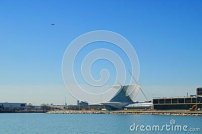 Milwaukee Lake & Art Museum