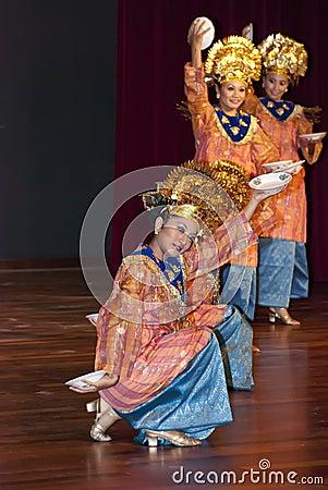 Minangkabau Traditional Dance Editorial Photo