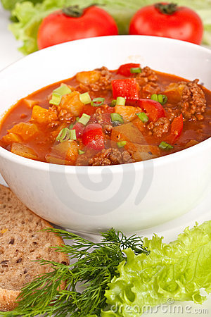 Free Minced Meat And Vegetable Tomato Soup Stock Photos - 8410993