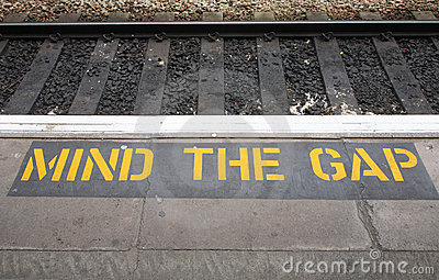 Mind the gap sign.