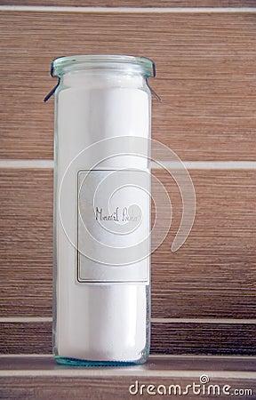 Mineral powder bottle