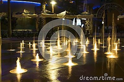 Mini Fountain Water Freeze Action