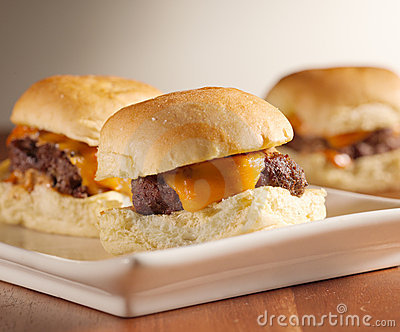 Mini burger sliders