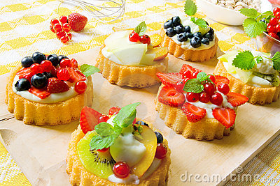 Mini fancy cakes