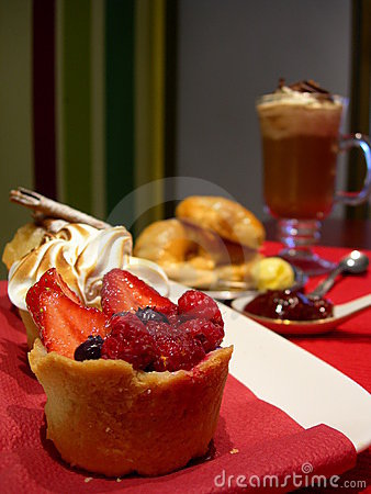 Free Mini Sweet Pies Lunch Royalty Free Stock Photo - 4566615