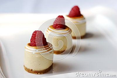 Miniature cheese cakes