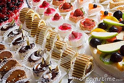 Miniature decorative desserts