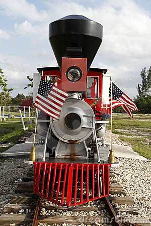 Free Miniature Vintage Steam Locomotive Royalty Free Stock Photography - 14986147