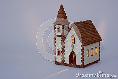 Miniatuur ceramische kerk
