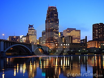 Minneapolis and Mississippi at night