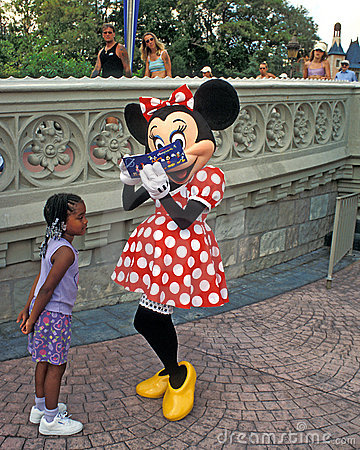 Minnie Mouse signs autograph Editorial Stock Image