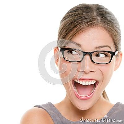 Mirada emocionada de la mujer