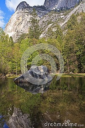 Free Mirror Lake Rock Stock Images - 20663514