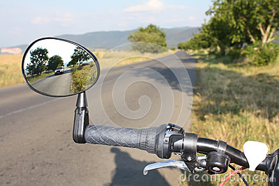Mirror for safer cycling