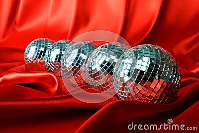 Mirrored disco balls