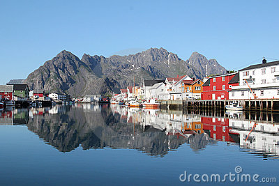 Mirrors of Lofoten s Canal Grande