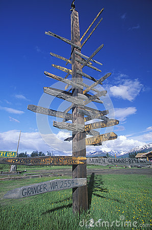 Miscellaneous distance signs