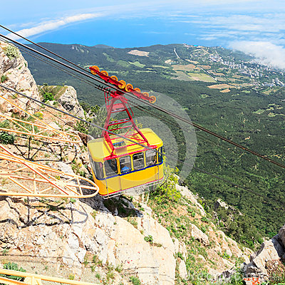 Free MISHOR, CRIMEA, UKRAINE - MAY 12: People Travel By Rope Way Cab On Top Of Ai-Petri Mountain On May 12, 2013 In Mishor, Ukraine/Rus Royalty Free Stock Images - 40793869