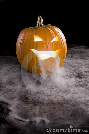 Free Misty Jack-o-Lantern 6 Royalty Free Stock Photography - 7012547