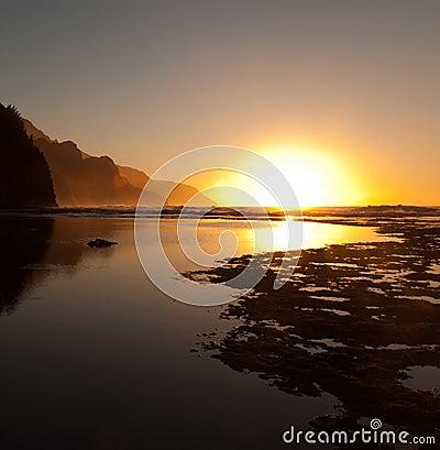 Free Misty Sunset On Na Pali Coastline Stock Photo - 23232110