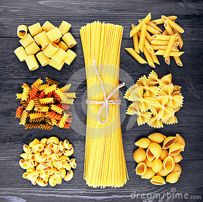 Free Mix Of Pasta On Wood Royalty Free Stock Image - 54758366