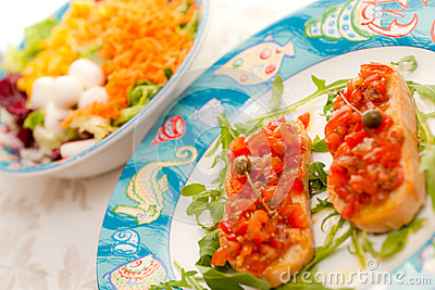 Mix Salad with tomato bruschetta