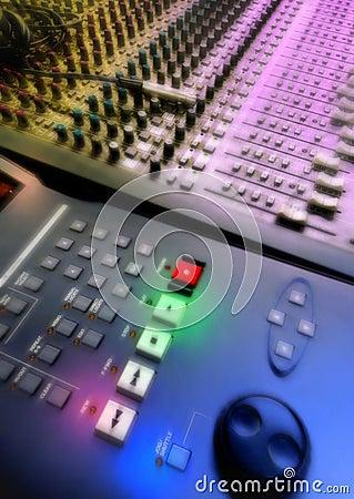 Free Mixer Audio Royalty Free Stock Photography - 11387867